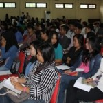 Mahasiswa UPR  mengikuti sosialisasi HIV AIDS yang digelar PPNI dan KPA Kalteng